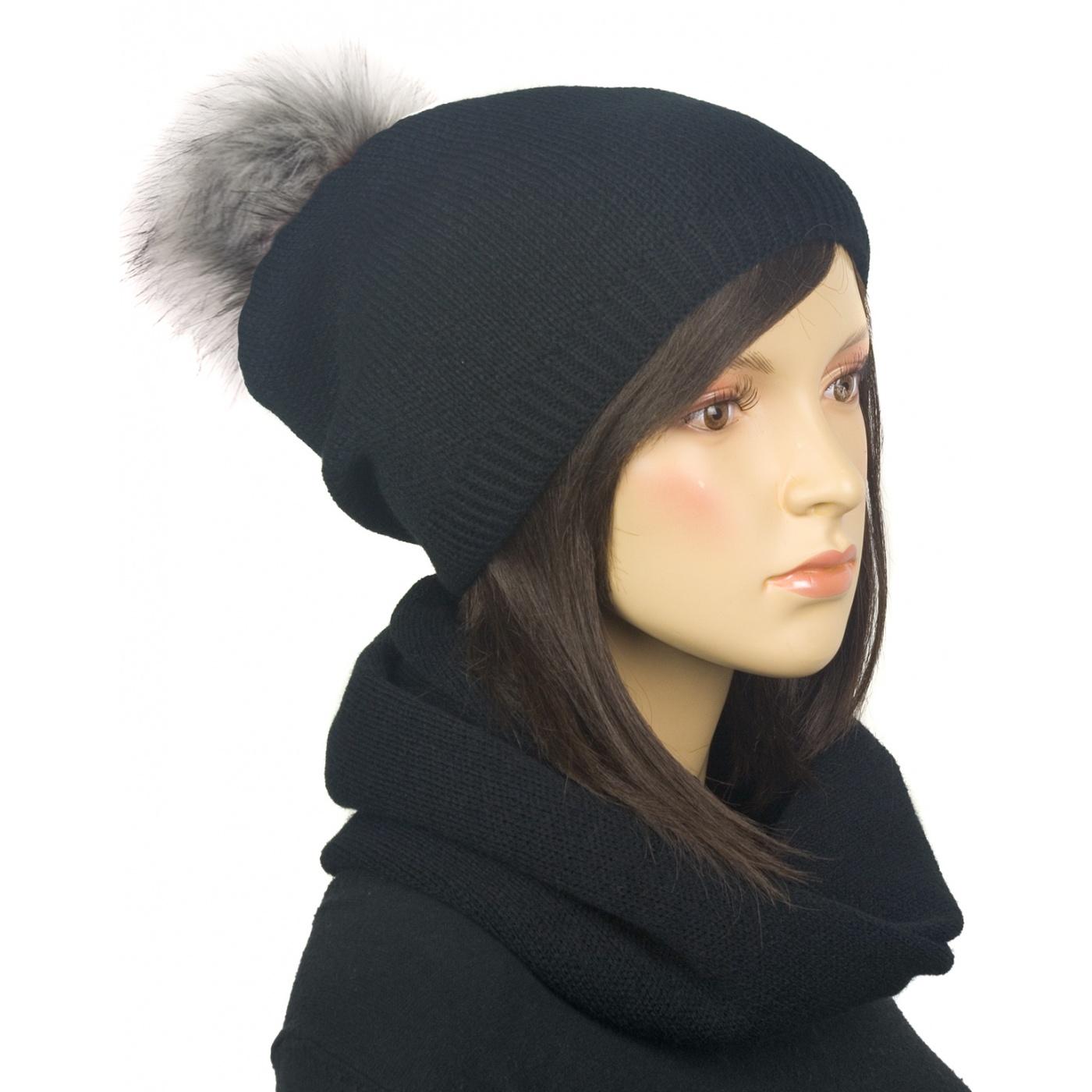 Komplet zimowy damski czapka z pomponem i szalik komin - czarny