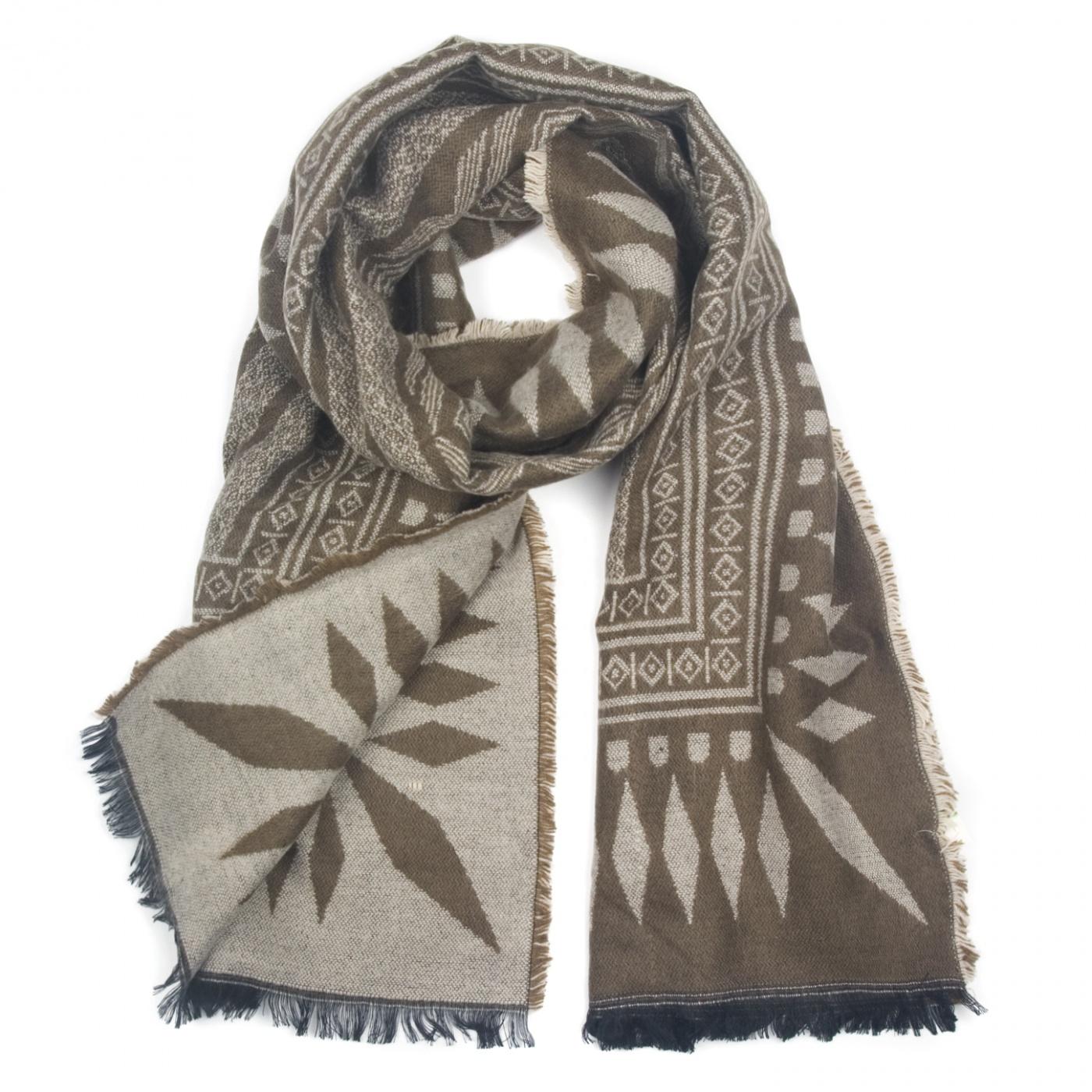 Zimowy wzorzysty damski szalik - brązowo-beżowy