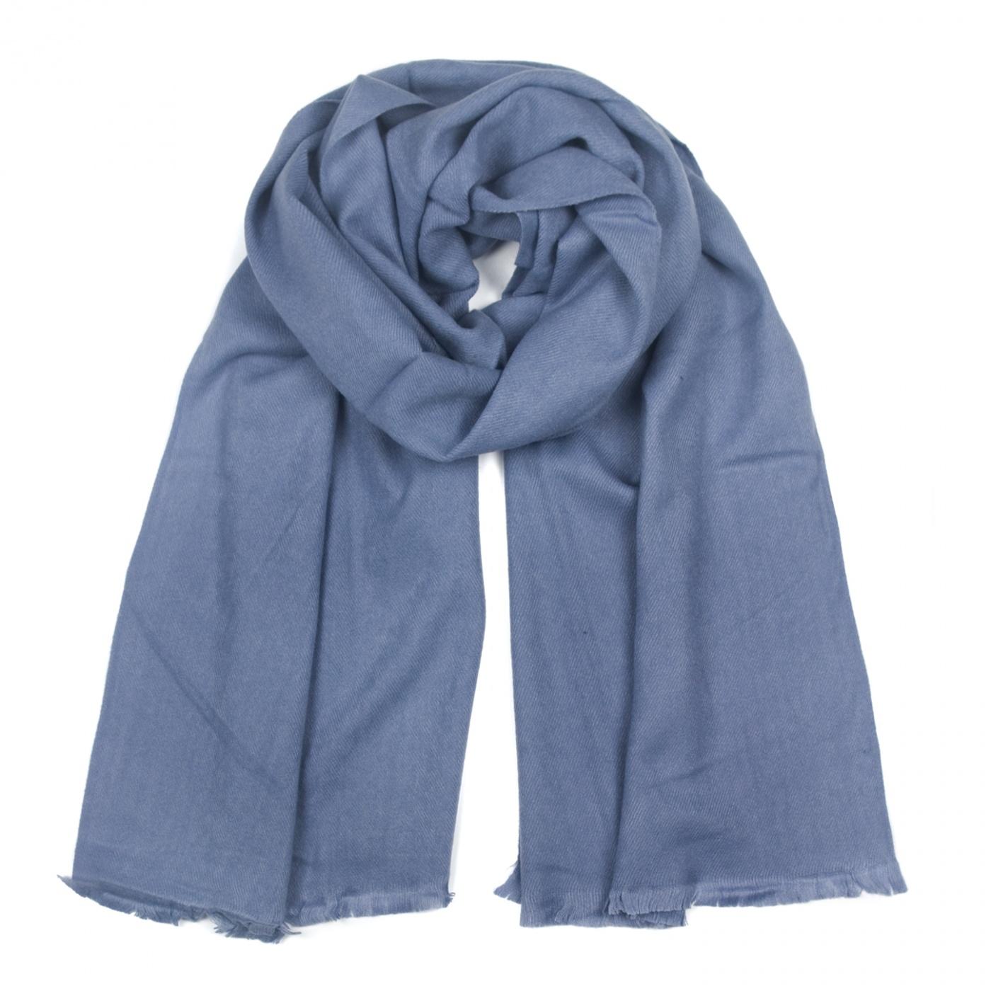 Zimowy damski szalik - blady niebieski