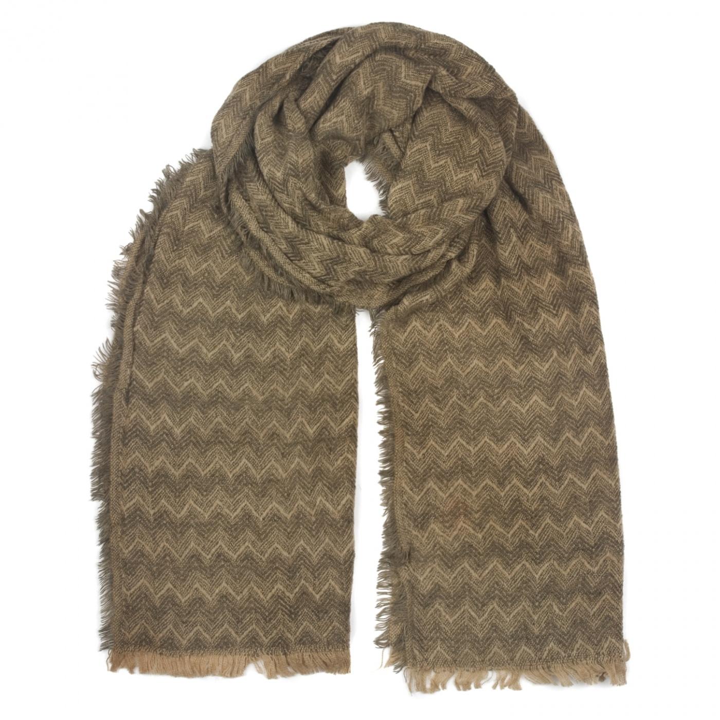 Zimowy damski szalik szal w jodełkę - brązowo-beżowy