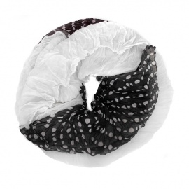 Szalik tuba w groszki biało-czarny