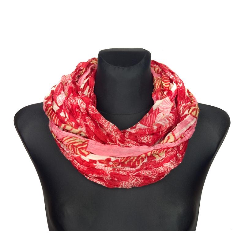 Apaszka w folkowe wzory i kwiaty – czerwony