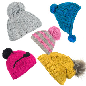 Damskie czapki zimowe  z pomponem