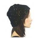 Ciepła czapka damska - czarna ze złotymi akcentami