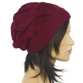 Ażurowa czapka zimowa – bordowa