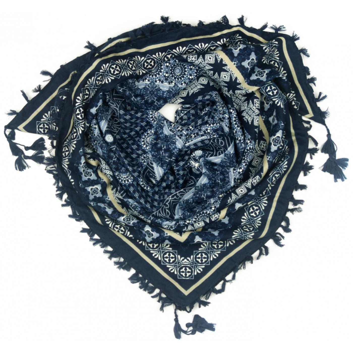 Chusta w geometryczne wzory - granatowa