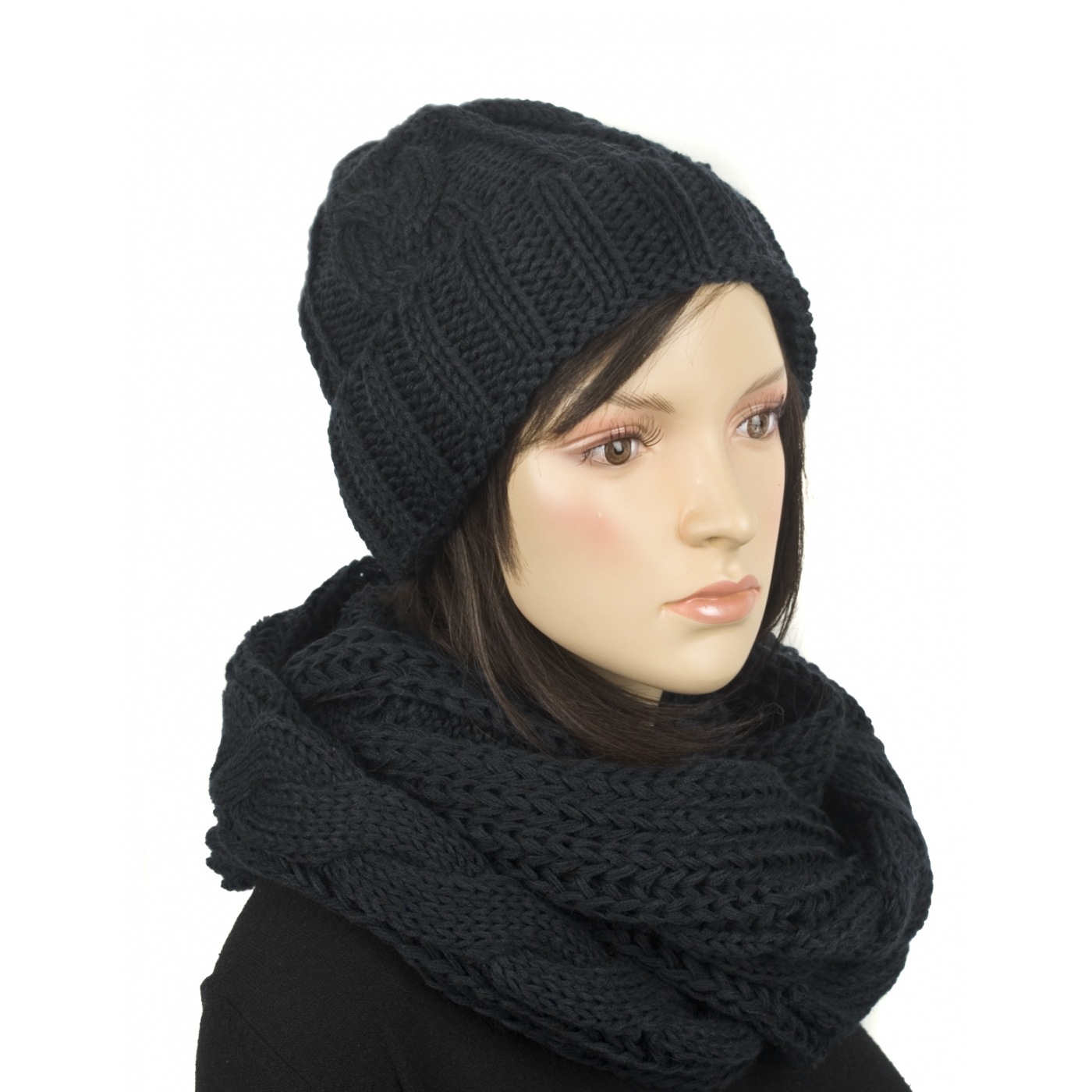 Komplet w warkocze czapka zimowa i szalik komin: czarny