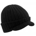 Męska czapka zimowa w prążki z daszkiem fullcap Joy – czarna z wywinięciem