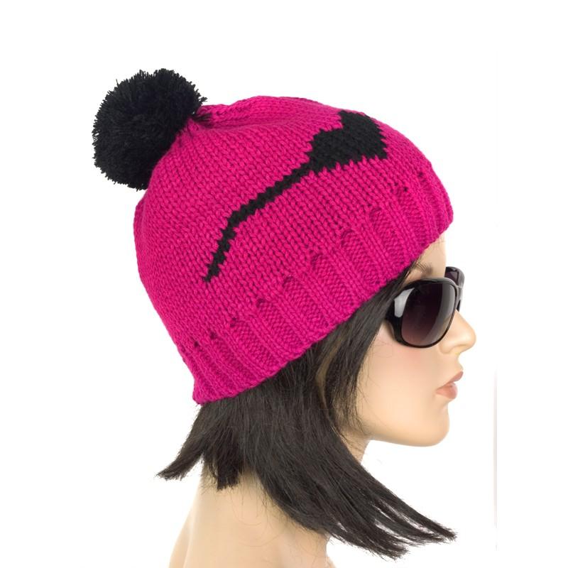 Damska czapka zimowa z pomponem – ciemny róż