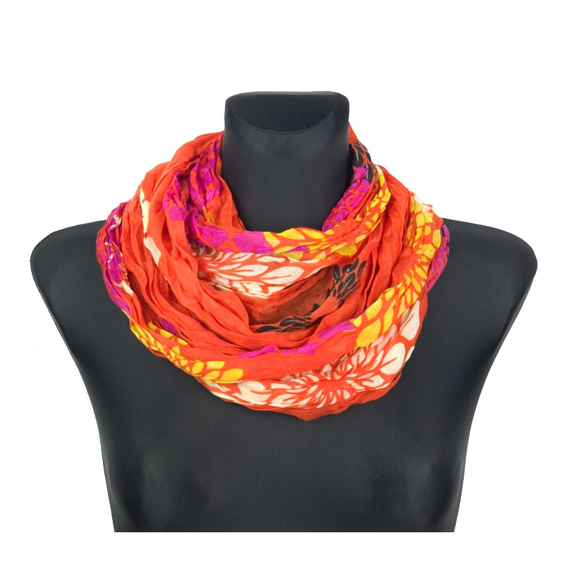 Apaszka w geometryczne kwiaty – oranż